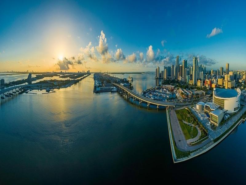 "<cur_name>US$</cur_name><cur_val>988</cur_val> &#8211; <span id=""translate"">Cheap flights to</span> <span id=""translate"">Miami</span> <span id=""translate"">from</span> <span id=""translate"">Hyderabad</span> (British Airways)"