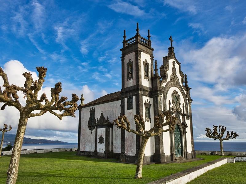 "<cur_name>US$</cur_name><cur_val>65</cur_val> &#8211; <span id=""translate"">Cheap flights to</span> <span id=""translate"">Ponta Delgada</span> <span id=""translate"">from</span> <span id=""translate"">Porto</span>"