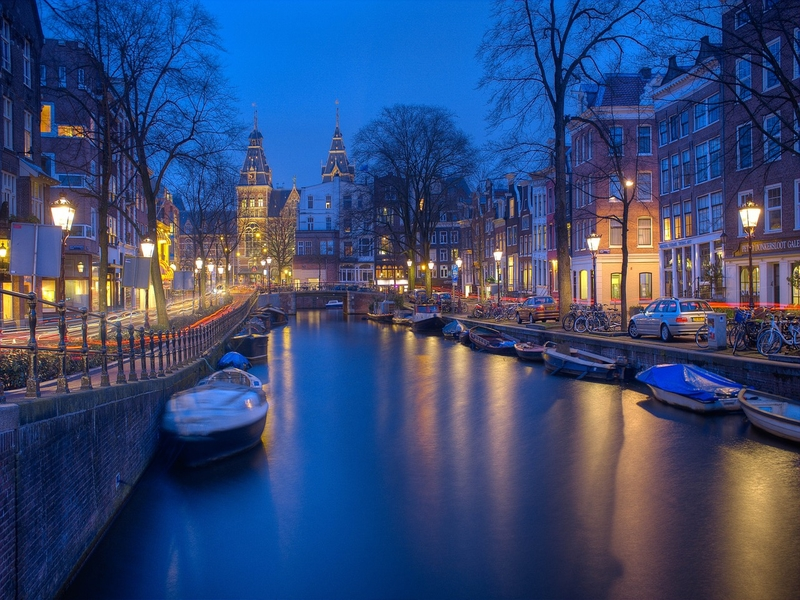 """<cur_name>US$</cur_name><cur_val>318</cur_val> &#8211; <span id=""""translate"""">Cheap flights to</span> <span id=""""translate"""">Amsterdam</span> <span id=""""translate"""">from</span> <span id=""""translate"""">Chicago</span>"""