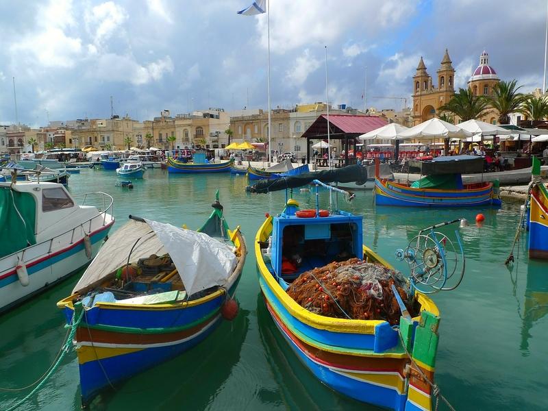 "<cur_name>US$</cur_name><cur_val>102</cur_val> &#8211; <span id=""translate"">Cheap flights to</span> <span id=""translate"">Malta</span> <span id=""translate"">from</span> <span id=""translate"">Berlin</span> (Air Malta)"