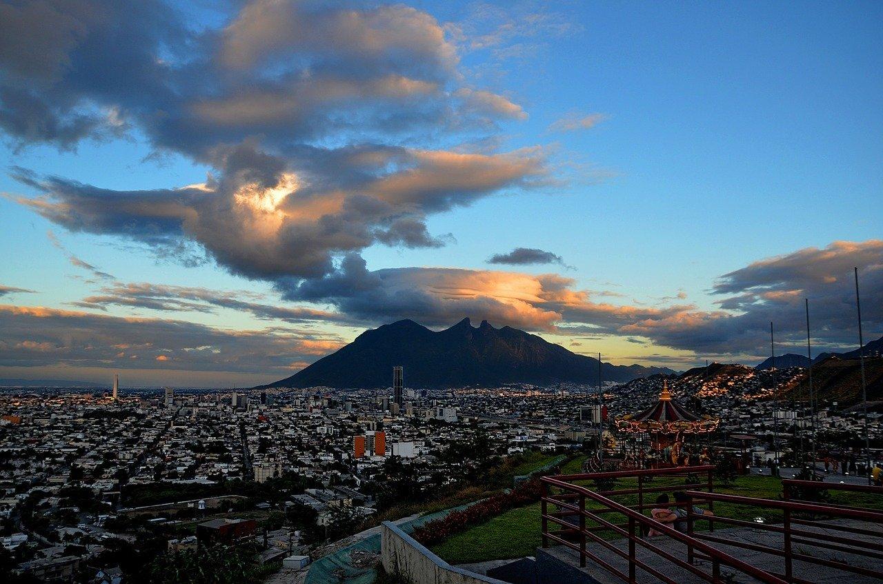 "<cur_name>US$</cur_name><cur_val>43</cur_val> &#8211; <span id=""translate"">Cheap flights to</span> <span id=""translate"">Monterrey</span> <span id=""translate"">from</span> <span id=""translate"">Oaxaca</span> (AeroMexico)"