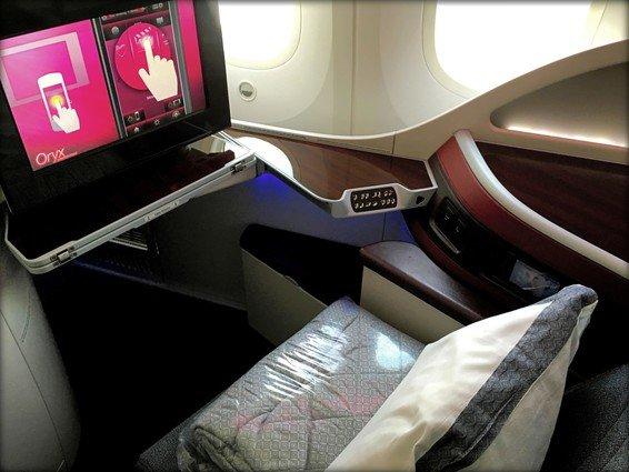 Qatar Airways Business Class Review New Delhi (DEL) – Doha (DOH) 787 QR 571