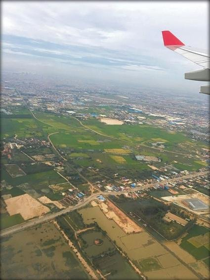 Dragonair Review Hong Kong (HKG) to Phnom Penh (PNH) A330