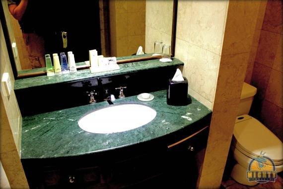 Marco Polo Davao Hotel Review