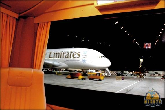 Emirates (old) First Class A340-500 Seychelles (SEZ) to Dubai (DXB) Flight Review EK 708