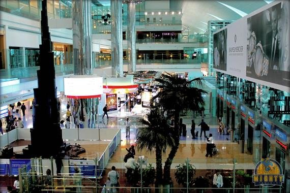 Emirates First Class Lounge Review Dubai International Airport