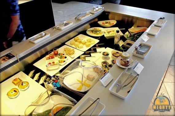 ANA First Class Lounge Tokyo Narita (NRT) Review