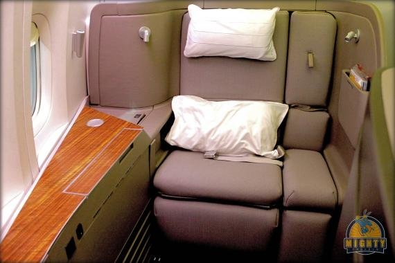 Cathay Pacific First Class Review – Los Angeles to Hong Kong – CX 883
