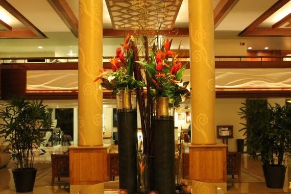 Review: Hilton Waikiki Beach Hotel (formerly Prince Kuhio Hotel)