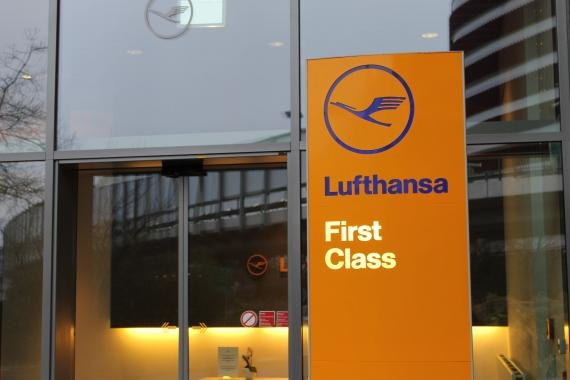 Review Lufthansa First Class Terminal (January 2014)