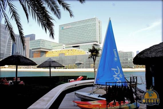 The Beach Rotana Abu Dhabi Hotel Review – who needs a beach hotel in a busy downtown?