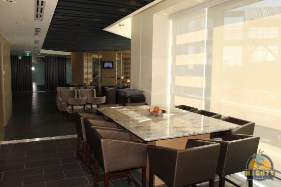 Review: Plaza Premium Lounge Vancouver