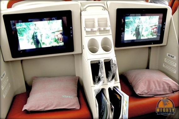 Sri Lankan Business Class Review – Hong Kong to Bangkok and Colombo – UL 423