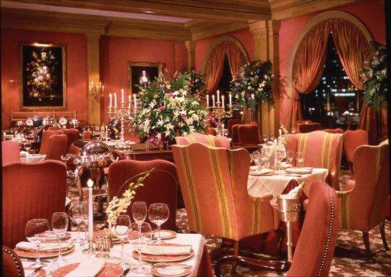 Join IHG® Rewards Club Dining and earn 1,000 bonus points