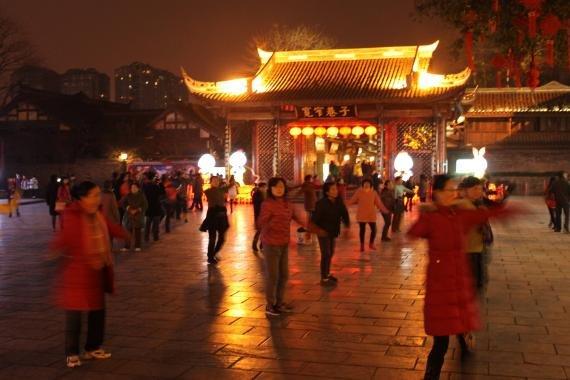 Review: Kuan Zhai Xiang Zi (Kuanzhai Ancient Street of Qing Dynasty), Chengdu, China