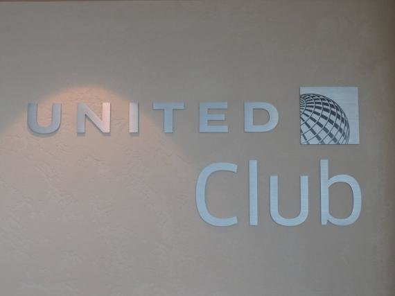 United Club Lounge San Francisco (SFO) Review