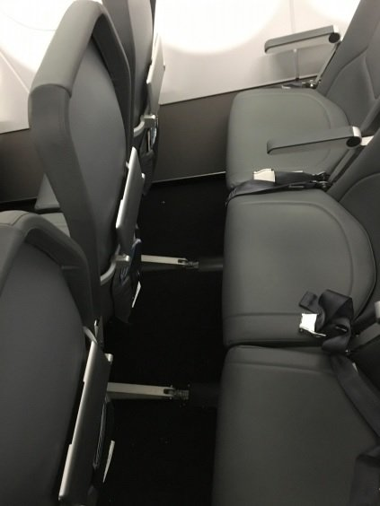 My Frontier Review from Houston (IAH) To San Francisco (SFO)