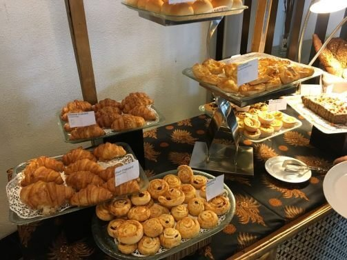 Holiday Inn Bandung Pasteur Review