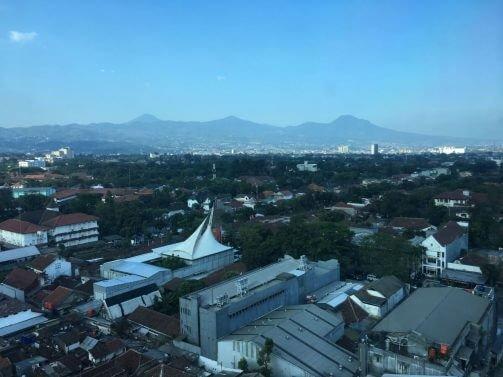 Crowne Plaza Bandung Review