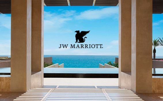 We test the Marriott Associate Rate to see how much you can save worldwide