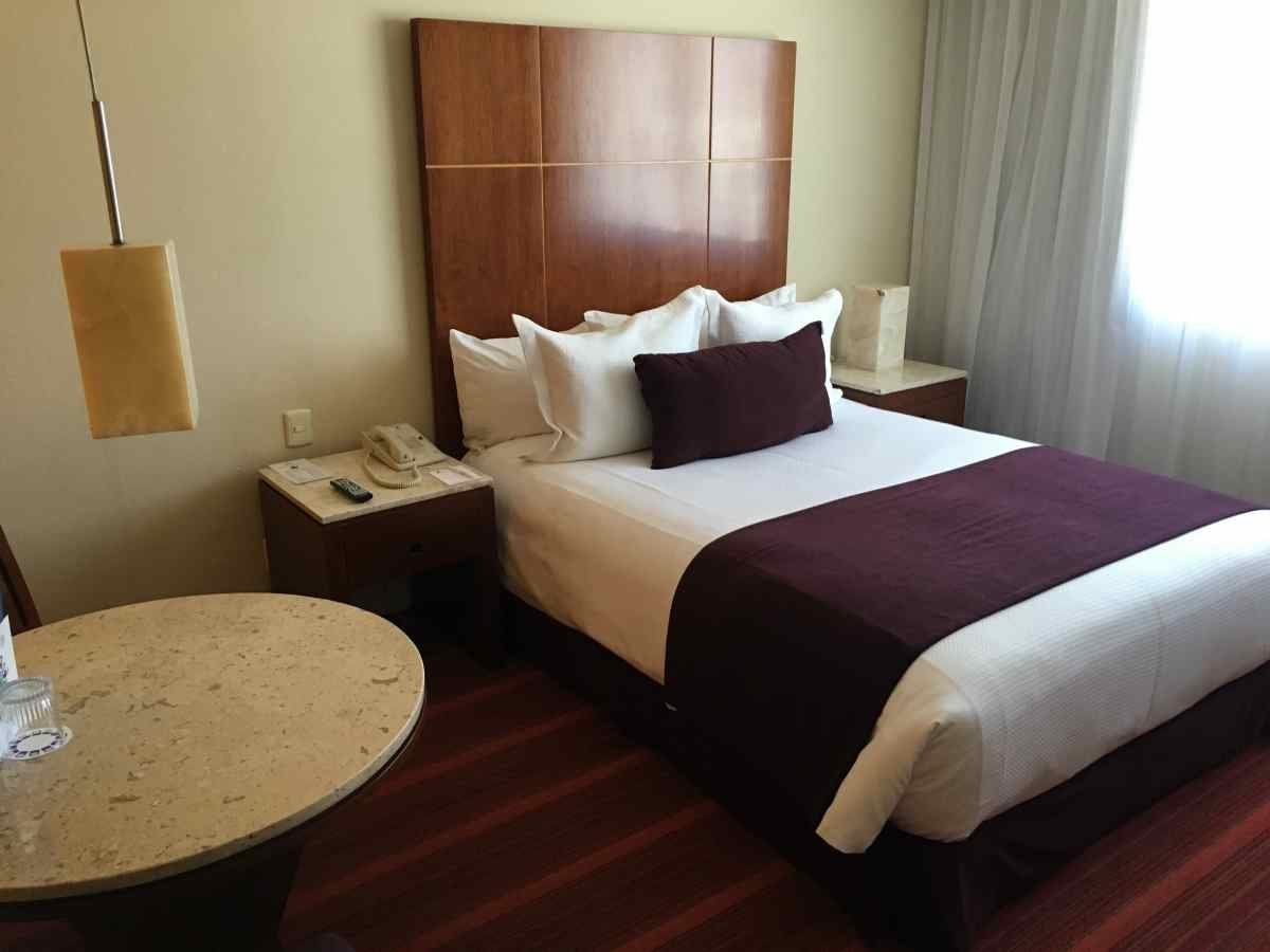 Camino Real Aeropuerto Hotel, Mexico City Review