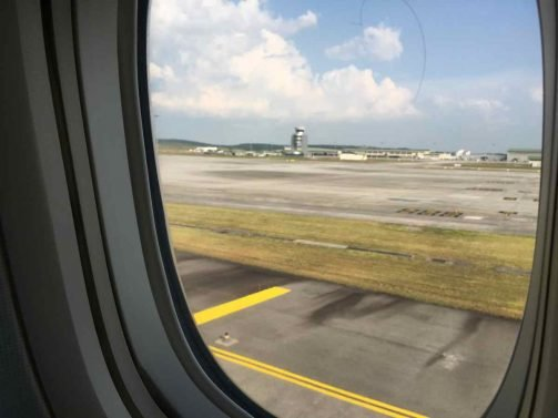 KLM Business Class Review (new cabin) Kuala Lumpur (KUL) – Jakarta (CGK) 777-300ER and Malaysia Airlines Golden Lounge KLIA Review