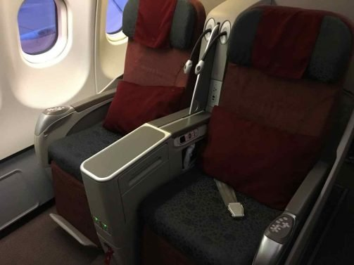 Garuda (old) Business Class and Economy Class Review Jakarta (CGK) to Denpasar, Bali (DPS) A330