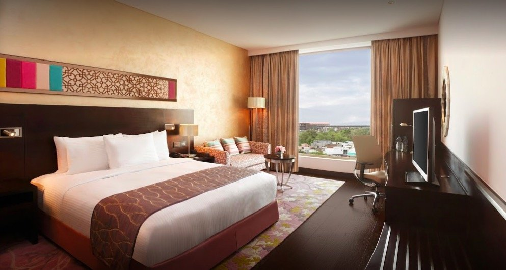 What are Hotel Mistake Rates or how to stay in a luxurious 5 Star hotel for under $50