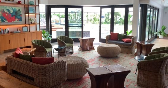 Hyatt Centric Honolulu Waikiki Beach Review