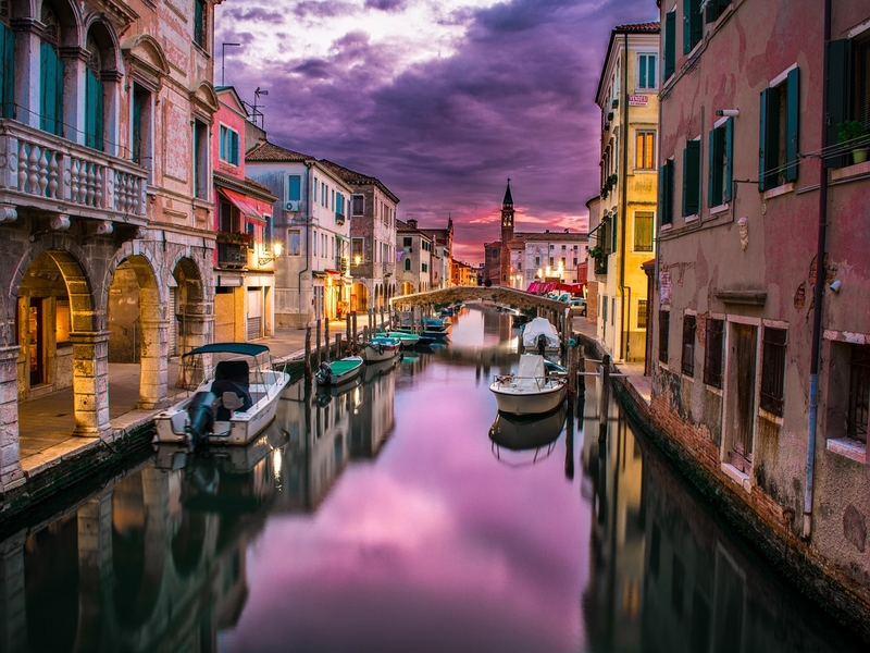 """<cur_name>US$</cur_name><cur_val>336</cur_val> &#8211; <span id=""""translate"""">Cheap flights to</span> <span id=""""translate"""">Venice</span> <span id=""""translate"""">from</span> <span id=""""translate"""">Chicago</span>"""